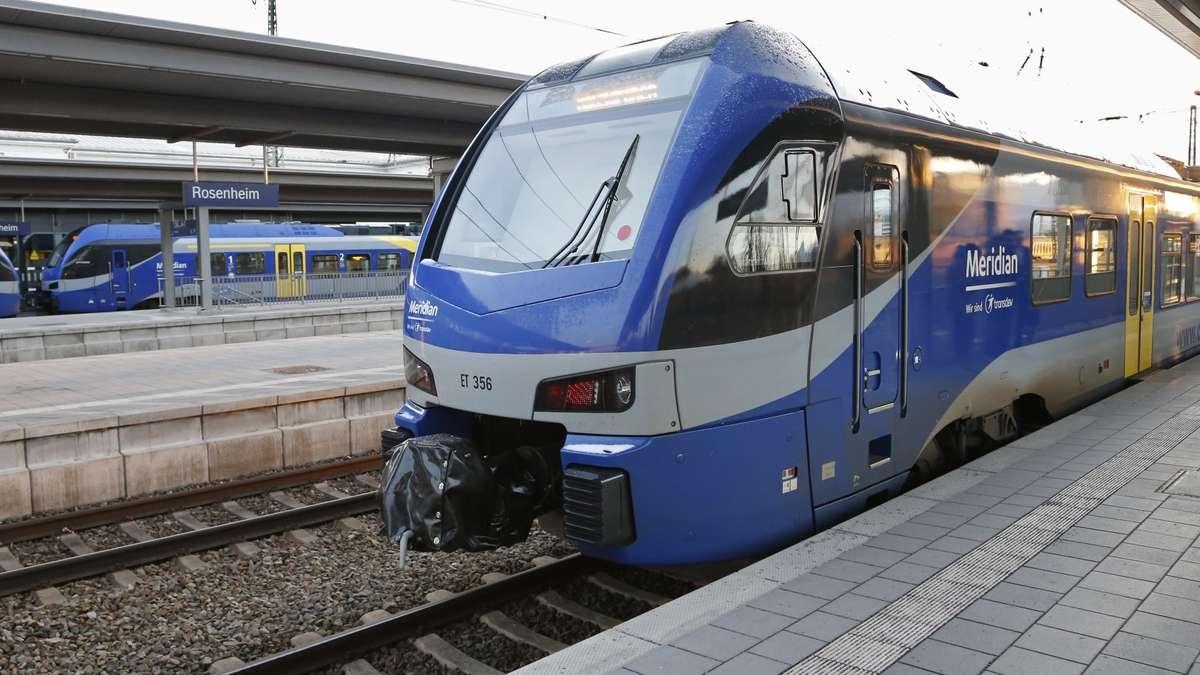 zugtyp flirt Ns flirt station oosterbeek @gosse5271 @gosse404 #ns #nsflirt # flirt3 #nederland #oosterbeek #netherlands #spoorwegen # nederlandsespoorwegen #ns_online #trein #train #eisenbahn #treinleven # treinenfotografie #treinenspottenhetmooistewateris #treinenspotten #stadler # stadlerflirt #stadlerrail.