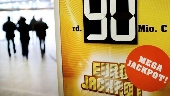Millionen Euro Gewinn: Stammtischbrüder in Bayern holten Jackpot