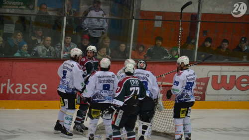 Starbulls Rosenheim - SERC Wild Wings am 26.02.2012