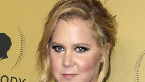"Amy Schumer in ""Who Invited Her?"" in Party-Laune"
