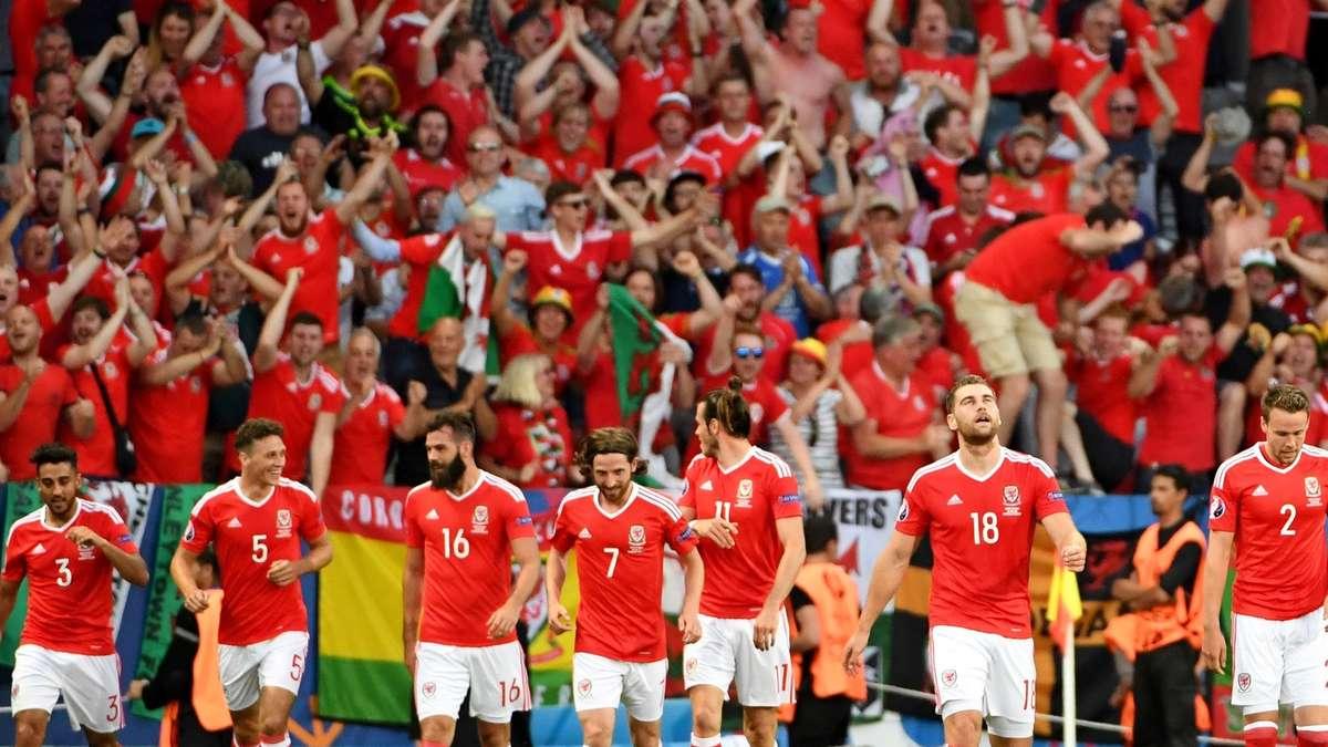 Em Tipp Russland Wales