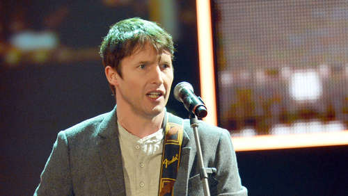 James Blunt singt in Umkleidekabine