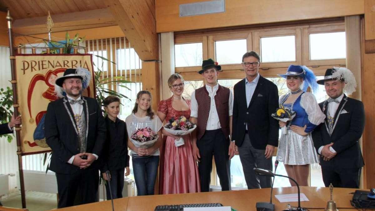 Prien am Chiemsee: Fasching: Prinzenpaare der Faschingsgesellschaft Prienarria vorgestellt | Fasching - mangfall24.de