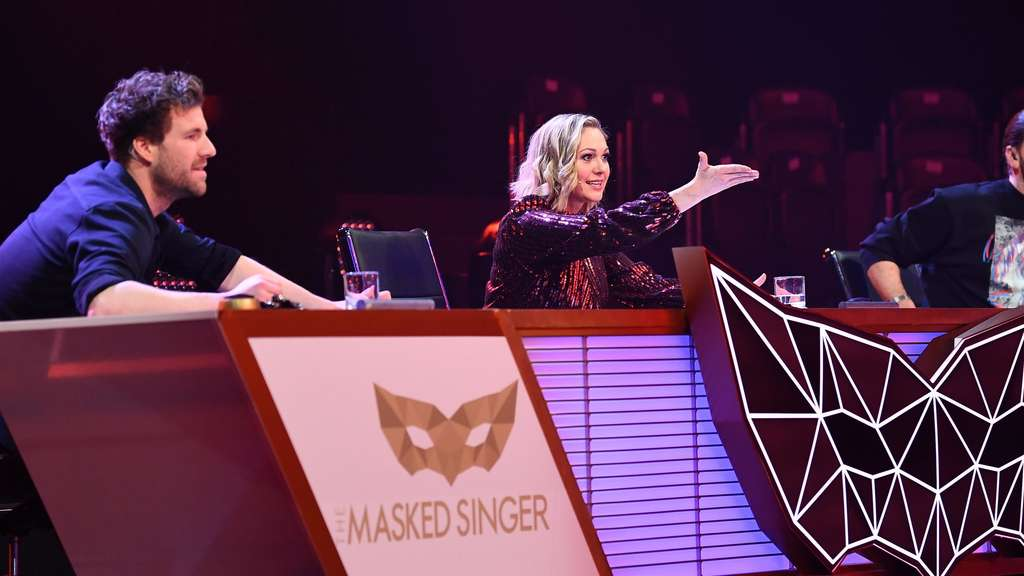 "Das Rate-Team bei ""The Masked Singer""."