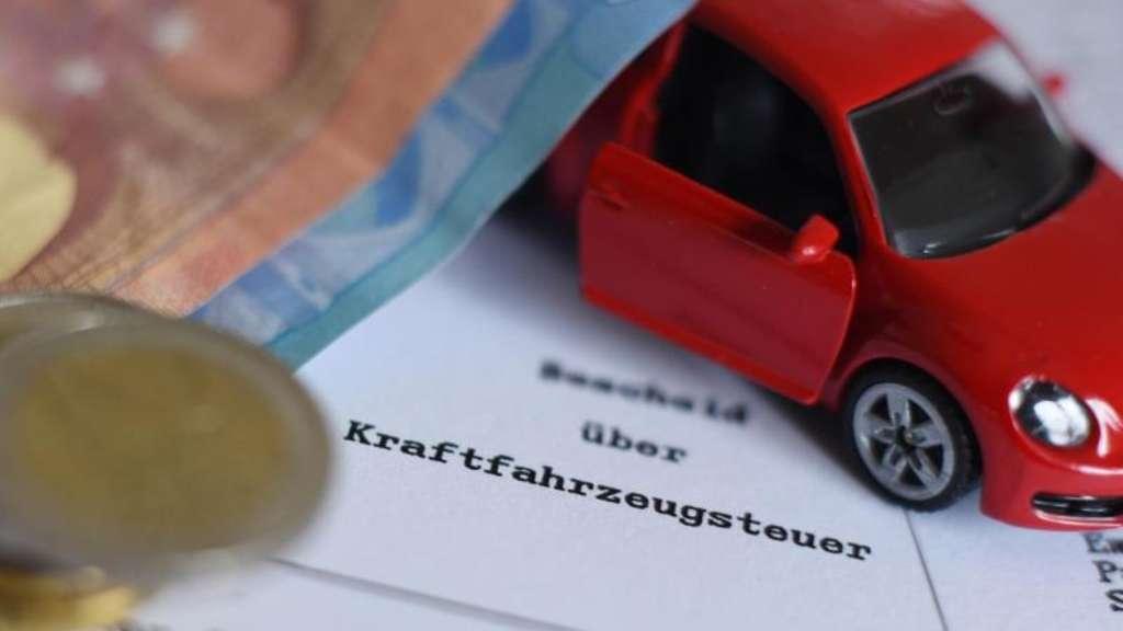KFZ-Steuer-Reform : Autofahren wird 2021 teurer - diese ...
